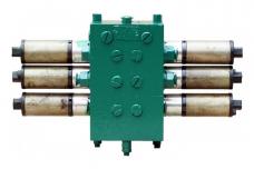 Гидрораспределитель Дон-1500, Дон-680 (3-секции) 3РЭ50-02 электромеханический