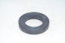 Шайба втулки цапфы МТЗ (резиновая) 80-3001031