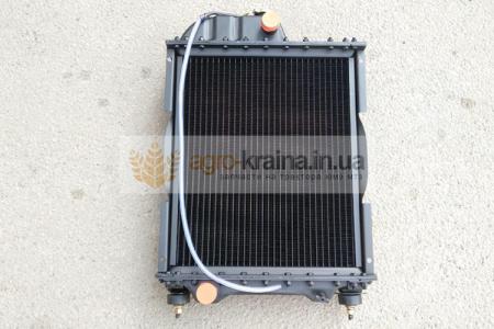 Радиатор водяной МТЗ Д-240 70У.1301.010 (4-х рядный)