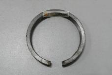 Кольцо упорное подшипника КПП ЮМЗ 36-1701083