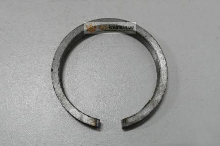 Кольцо упорное подшипника КПП ЮМЗ 36-1701083 (64,5х56х8)