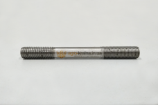 Шпилька головки блока цилиндров ЮМЗ (короткая) Д65-01-017
