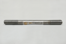 Шпилька головки блока цилиндров ЮМЗ Д-65 (длинная) 36-1002035
