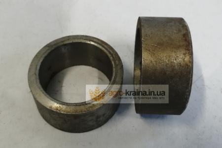 Втулка упорная КПП ЮМЗ (подшипников шестерни привода НШ-100) 45-1701153