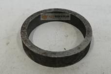 Втулка распорная КПП ЮМЗ 45-1701087 (подшипника 206)