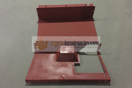 Лист защитный топливного бака ЮМЗ (под сиденьем)